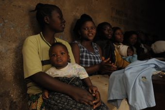 「世界で最も貧しい国だから。」「路上だから。」それらは治療を受けられない理由には決してならないはずです。