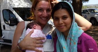 世界の医療団の助産ケア:ギリシャ難民キャンプ