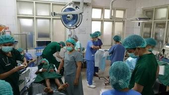 スマイル作戦 -ミャンマーに到着、手術を開始