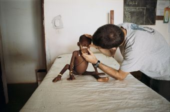 アフリカ 飢餓ベルト『サヘル』 止まらない砂漠化 紛争が強いる人口移動 飢餓1,500万人超